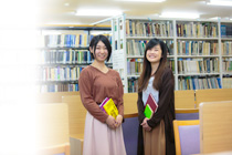 新潟産業大学附属図書館